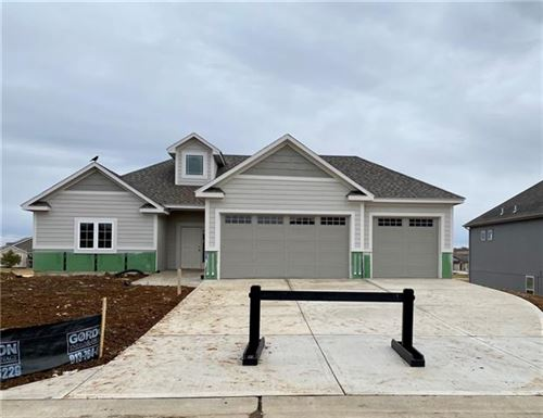 Photo of 6611 McCormick Drive, Shawnee, KS 66226 (MLS # 2225265)