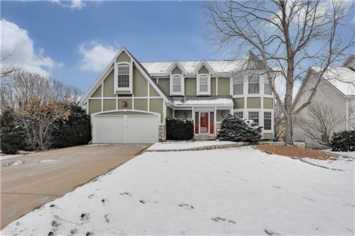 Photo of 12721 BOND Street, Overland Park, KS 66213 (MLS # 2207297)
