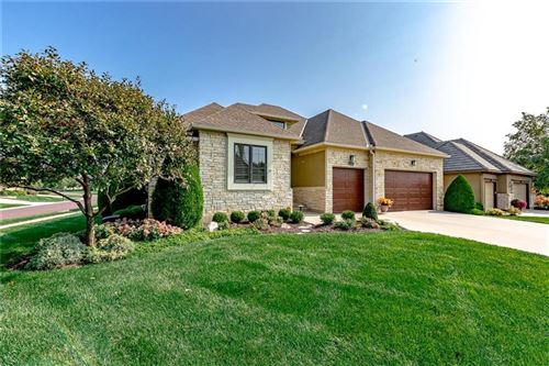 Photo of 10518 W 142nd Terrace, Overland Park, KS 66221 (MLS # 2241306)