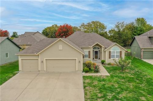 Photo of 221 SW Ascot Court, Lees Summit, MO 64082 (MLS # 2352313)