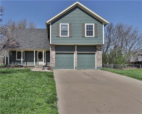 Photo of 1207 Maple Lane, Pleasant Hill, MO 64080 (MLS # 2214316)