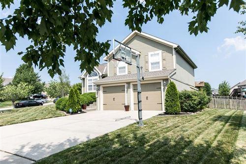 Photo of 10905 N Marsh Avenue, Kansas City, MO 64157 (MLS # 2226318)