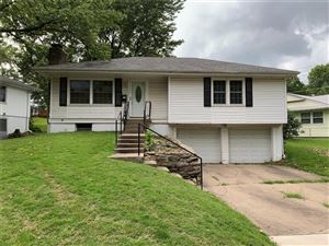 Photo of 10708 E 32nd Street, Independence, MO 64052 (MLS # 2185329)