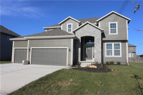 Photo of 2785 W Concord Drive, Olathe, KS 66061 (MLS # 2337330)