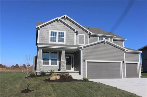 Photo of 2757 W Concord Drive, Olathe, KS 66061 (MLS # 2337332)