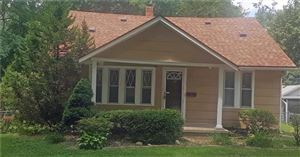 Photo of 1814 S WILLOW Avenue, Independence, MO 64052 (MLS # 2185334)