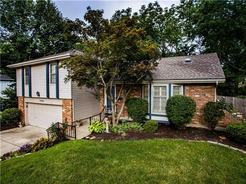 Photo of 9304 Switzer Road, Overland Park, KS 66214 (MLS # 2207343)