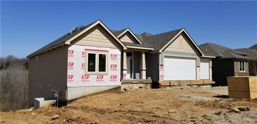 Photo of 13326 W 49th Terrace, Shawnee, KS 66216 (MLS # 2312343)