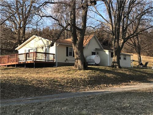 Photo of 9051 County Road 375, St Joseph, MO 64485 (MLS # 2200370)