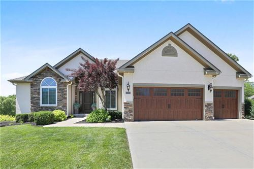 Photo of 14650 NW 63rd Street, Parkville, MO 64152 (MLS # 2223377)