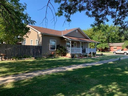 Photo of 1020 Bridge Street, Humboldt, KS 66748 (MLS # 2205393)