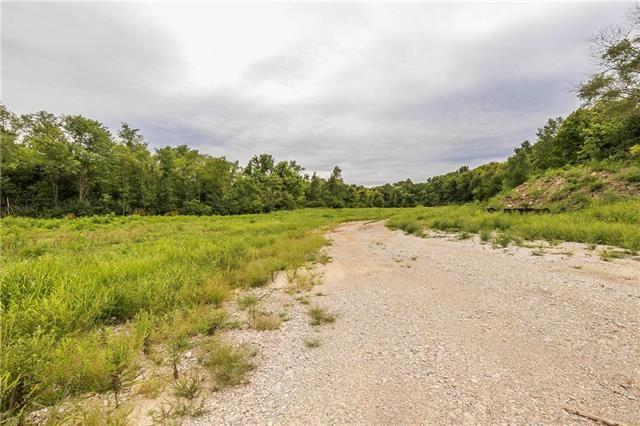 Photo of 1328 H Highway, Liberty, MO 64068 (MLS # 2185394)