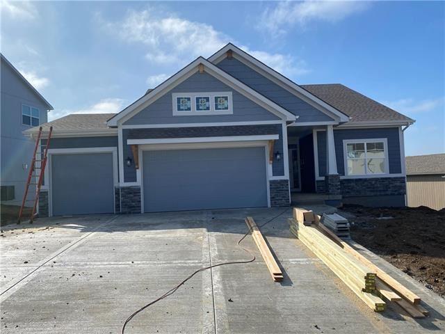 Photo of 1717 Homestead Drive, Liberty, MO 64068 (MLS # 2255395)