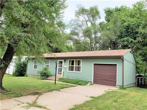 Photo of 13721 10th Terrace, Grandview, MO 64030 (MLS # 2233396)