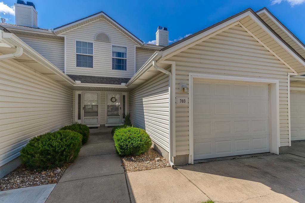 Photo for 703 SE 14th Street, Lees Summit, MO 64081 (MLS # 2183397)