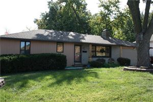 Photo of 7101 W 89th Street, Overland Park, KS 66212 (MLS # 2194402)