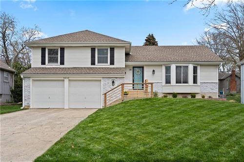 Photo of 9210 W 82nd Terrace, Overland Park, KS 66204 (MLS # 2206410)
