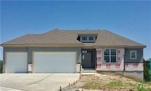 Photo of 25262 W 83rd Terrace, Lenexa, KS 66227 (MLS # 2233421)