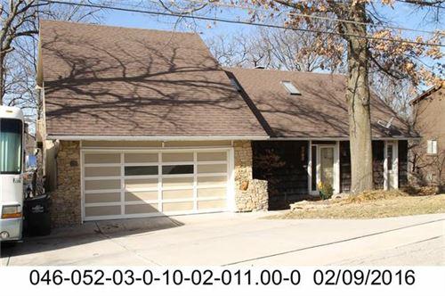 Photo of 4742 Monrovia Street, Shawnee, KS 66216 (MLS # 2348448)