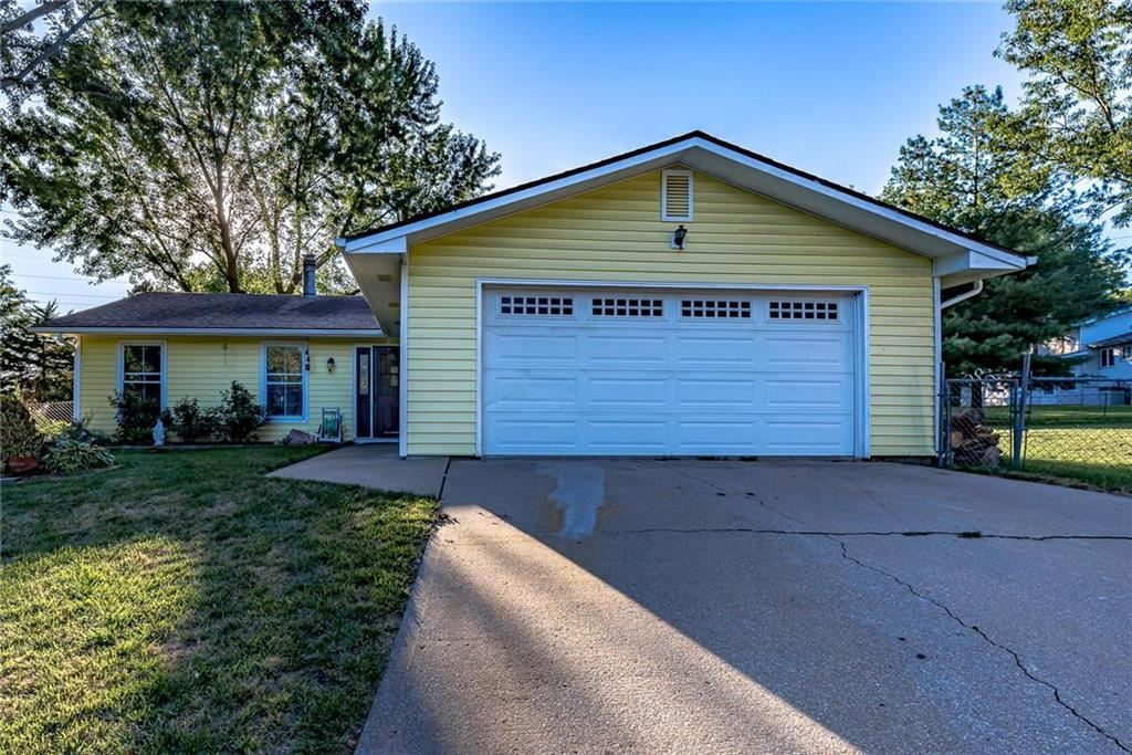Photo for 3212 W 21st Place, Lawrence, KS 66047 (MLS # 2183451)