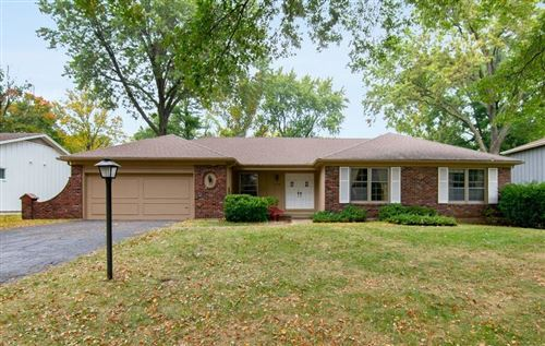 Photo of 7214 W 100th Place, Overland Park, KS 66212 (MLS # 2249457)