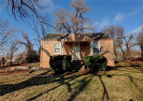 Tiny photo for 4006 S Denton Road, Kansas City, MO 64133 (MLS # 2199458)