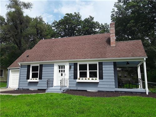 Photo of 5433 Nall Avenue, Roeland Park, KS 66205 (MLS # 2234459)
