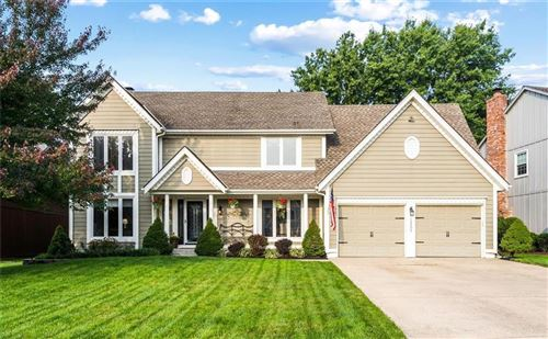 Photo of 12204 Briar Drive, Overland Park, KS 66209 (MLS # 2242469)