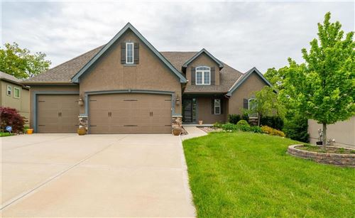 Photo of 14775 NW 61st Street, Parkville, MO 64152 (MLS # 2220481)