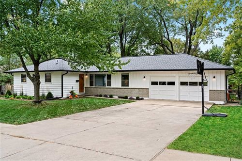 Photo of 7008 Marty Street, Overland Park, KS 66204 (MLS # 2249489)