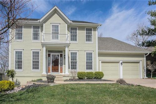 Photo of 7904 NW Twilight Place, Parkville, MO 64152 (MLS # 2213516)