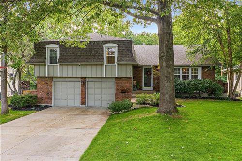 Photo of 10218 Horton Street, Overland Park, KS 66207 (MLS # 2242532)