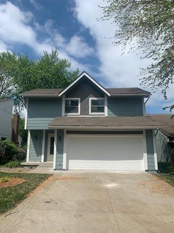 Photo of 6604 Earnshaw Street, Shawnee, KS 66216 (MLS # 2319551)