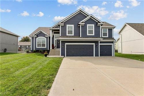 Photo of 14616 Green Castle Street, Smithville, MO 64089 (MLS # 2243552)