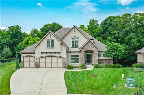 Photo of 15145 NW 66th Street, Parkville, MO 64152 (MLS # 2335555)