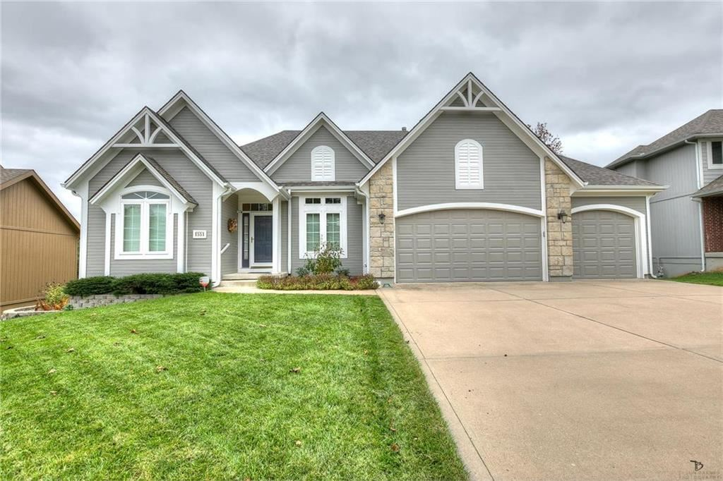 Photo for 1551 Smiley Street, Liberty, MO 64068 (MLS # 2195572)