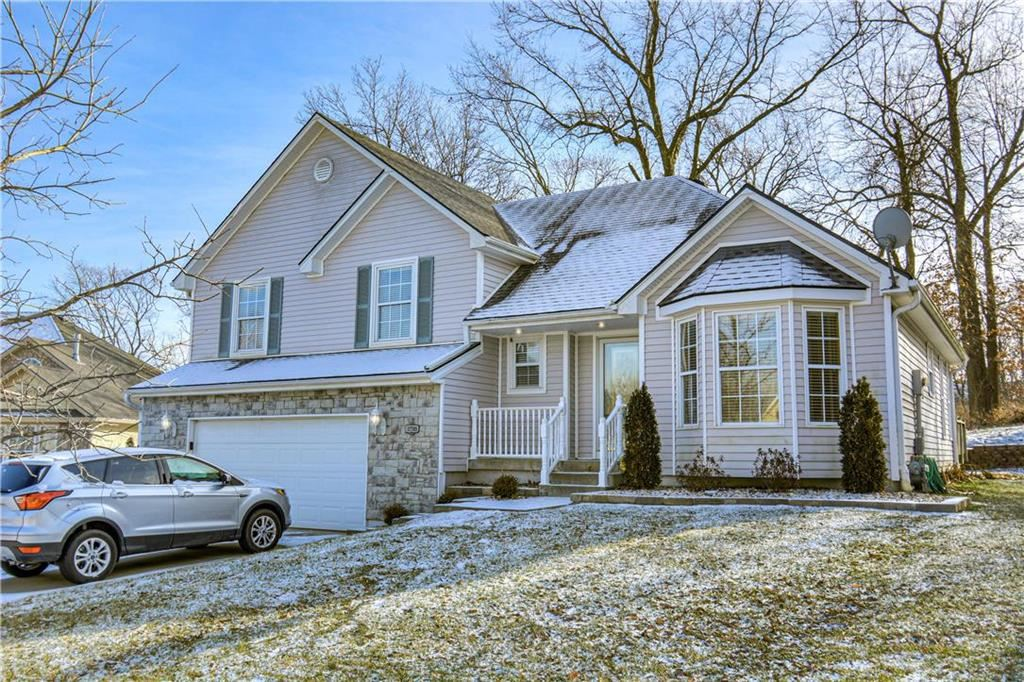 Photo for 17705 E 36TH STREET S Court, Independence, MO 64055 (MLS # 2204576)
