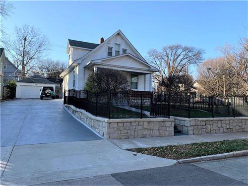 Photo of 4404 Fairmount Avenue, Kansas City, MO 64111 (MLS # 2253585)