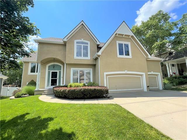 Photo of 1324 Huntington Drive, Liberty, MO 64068 (MLS # 2321588)