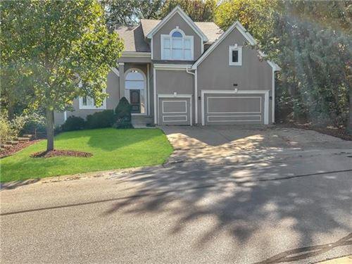 Photo of 16287 W 76th Terrace, Shawnee, KS 66215 (MLS # 2349596)
