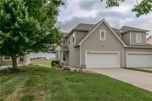 Photo of 1319 N 158th Terrace, Basehor, KS 66007 (MLS # 2228597)