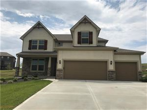 Photo of 841 Canyon Lane, Lansing, KS 66043 (MLS # 2090601)