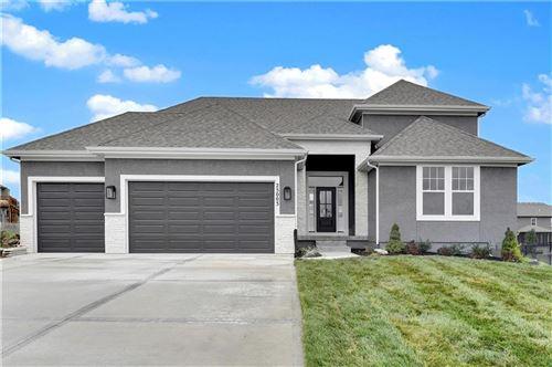Photo of 24913 W 75th Place, Shawnee, KS 66227 (MLS # 2249610)