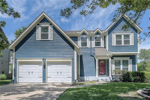 Photo of 8202 W 127 Place, Overland Park, KS 66213 (MLS # 2236617)