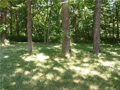 Photo of 22 E Sugar Lake Drive, Mound City, KS 66056 (MLS # 2230623)