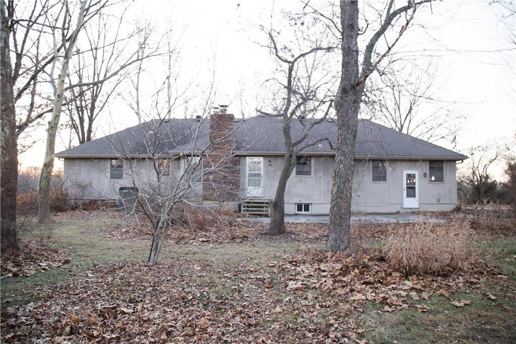 Photo of 11911 N Home Court, Liberty, MO 64068 (MLS # 2200683)