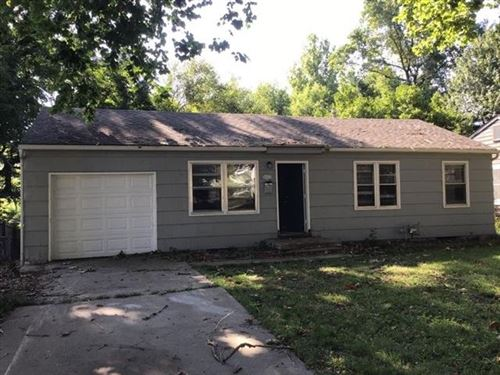 Photo of 2653 Collins Street, Independence, MO 64052 (MLS # 2343684)