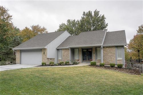 Photo of 10115 Craig Drive, Overland Park, KS 66212 (MLS # 2249693)