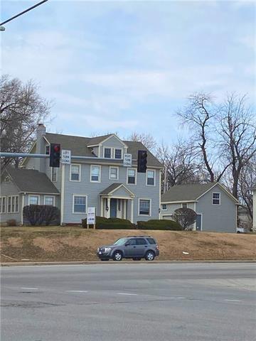 Photo of 6036-C Metcalf Avenue, Overland Park, KS 66202 (MLS # 2311699)