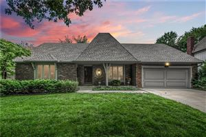 Photo of 9805 W 101st Street, Overland Park, KS 66212 (MLS # 2172711)